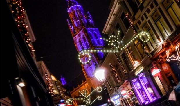 Breda is sfeervol verlicht in de decembermaand.
