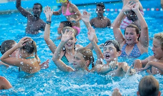 Zwembad De Stok : Recreatiebad van zwembad de stok gaat weer open roosendaal