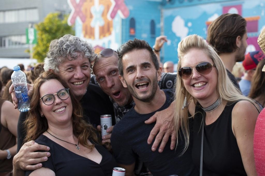 Met vrienden naar Breda Live 2018, zaterdag 7 juli 2018. Foto: Jeff Wolters / Lookaround360 © BredaVandaag