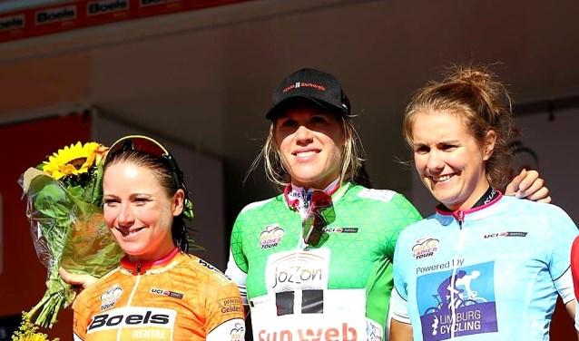 Ladies tour 2017 met Annemiek van Vleuten, Ellen van Dijk en Winanda Spoor FOTO STICHTING WIELERCOMITÉ ROOSENDAAL