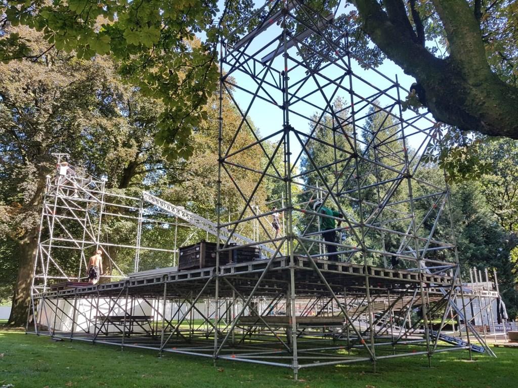De opbouw van Breda Barst is in volle gang Foto: Ankie Nederlof © BredaVandaag