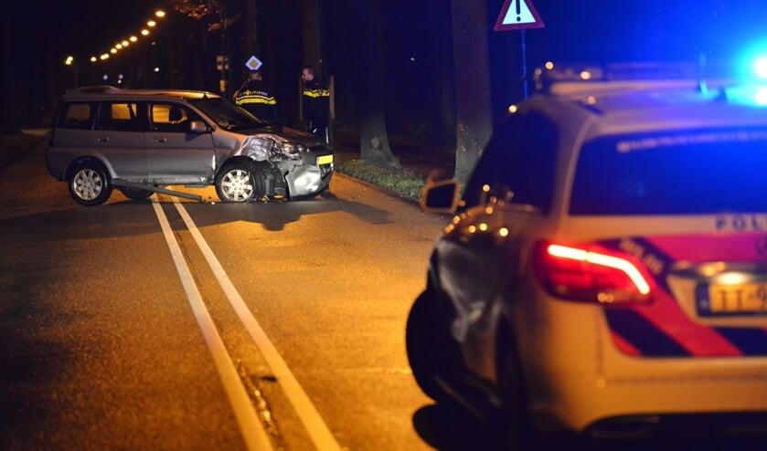 Auto loopt flinke schade op na eenzijdig ongeval Hoevenseweg