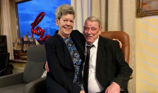 Els en Henk zijn na 60 jaar huwelijk nog steeds erg gelukkig met elkaar.
