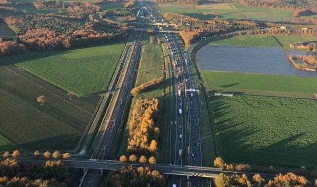 Files op de A16 door een reeks aan ongevallen op donderdag 15 november 2018.