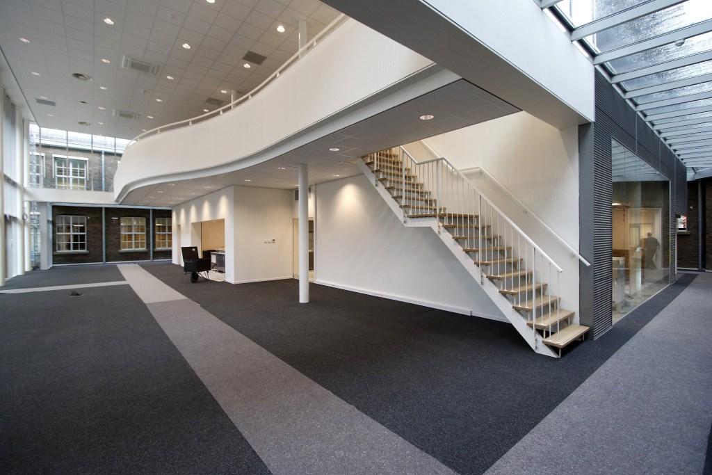 Een van de twee nieuw gebouwde aula's. FOTO'S WIJNAND NIJS Foto: Wijnand Nijs © BredaVandaag
