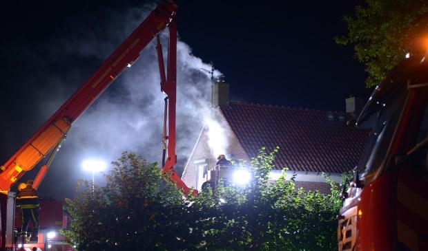 Brandweer blust fikse schoorsteenbrand in Lepelstraat | Bergen op Zoom - Internetbode