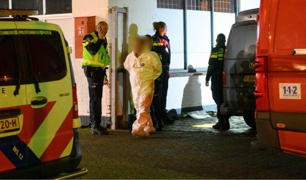 Zes mannen aangehouden na vondst cocaïnewasserij in Sint Willebrord - Internetbode