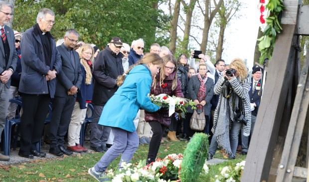 Indrukwekkende herdenking bevrijding Steenbergen en Welberg 3/11 - Internetbode