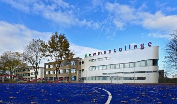 Van reünie tot de Efteling: Newmancollege viert 60-jarig jubileum - BredaVandaag.nl