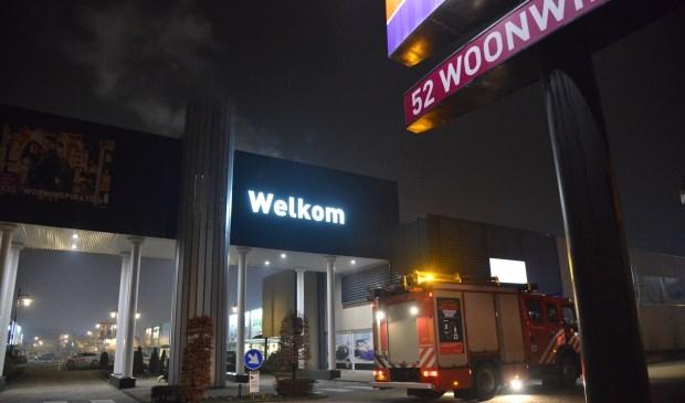 De rook blijkt afkomstig te zijn van de nieuwe leidingen.