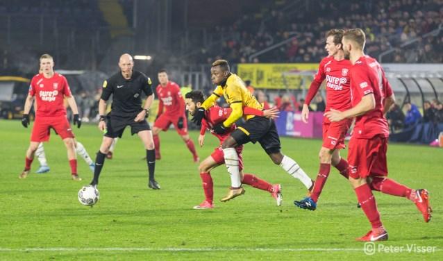 Siemen Mulder in actie tijdens NAC-FC Twente op 12 december 2017 (1-2)
