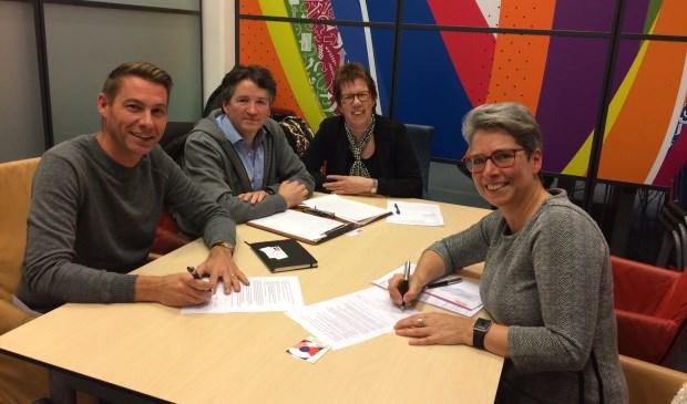 vlnr: Peter Brouwers – Stichting BITS, Marco Sprenkels – Stichting BITS, Astrid Damen – Avans Hogeschool, Brigitte van Helden  - Stichting Techniek Promotie.