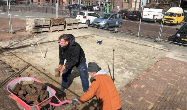 Op het Dr Jan Ingen Houszplein is begonnen met de herbouw van De Fer.