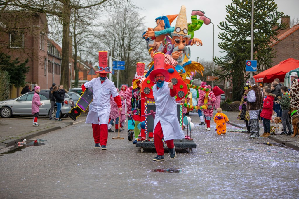 Een kleurrijke optocht in Kraaierijk! Foto: Danny den Ouden © Internetbode