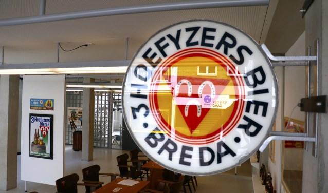 Uithangbord Drie Hoefijzers Breda