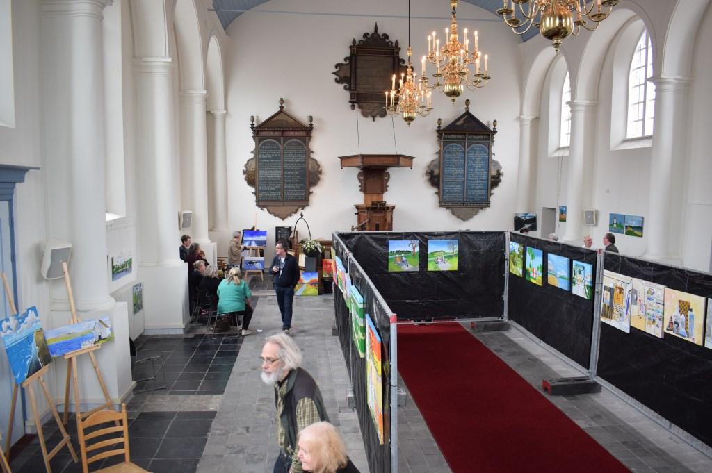 Tentoonstelling in het trouwkerkje Foto: Stella Marijnissen © Internetbode