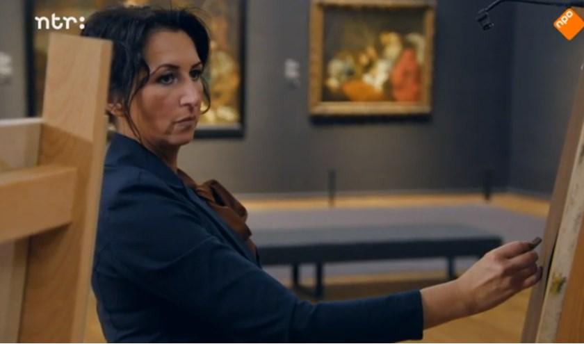 Suzana is één van de kunstenaars die exposeert in 'Perspectieven'