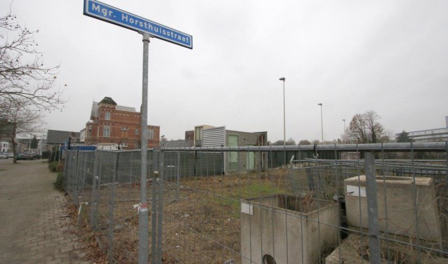 De plek waar nu Haag5 is gebouwd, naast de voormalige Jumbo.