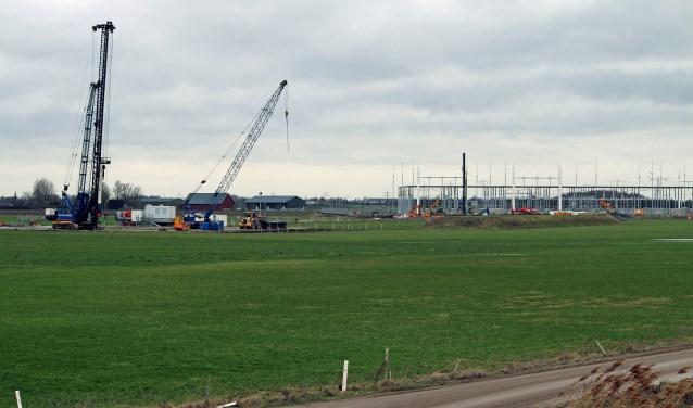 Het hoogspanningsstation bij Rilland is in aanbouw.