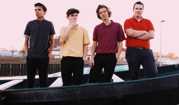 Frantic is een van de bands die op de POBparade speelt.