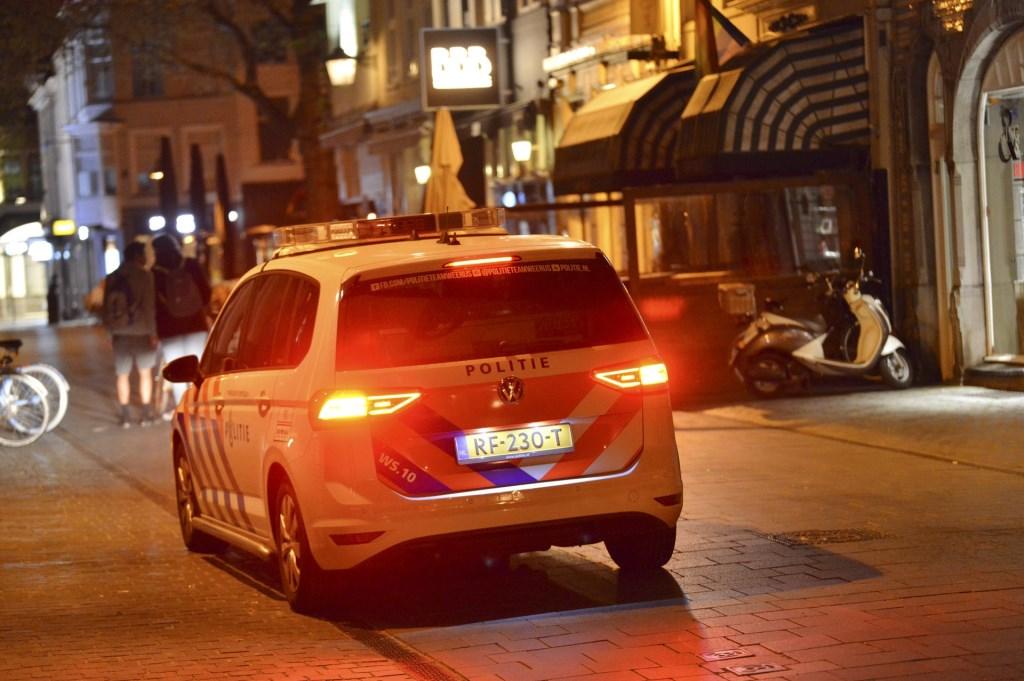 De politie en ambulance kwamen ter plekke.  Foto: Perry Roovers © Internetbode