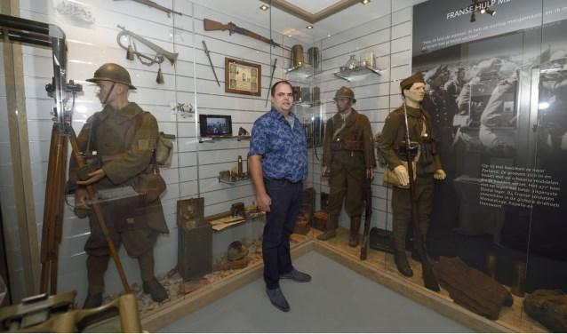 Andries Looijen in zijn museum Vitality.