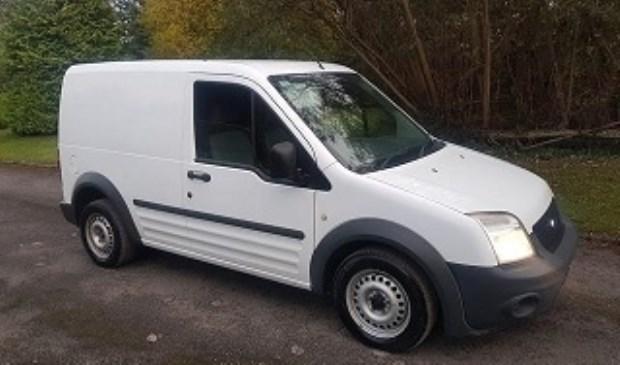 De gestolen Ford Transit Connect betreft een soortgelijke auto zoals hier afgebeeld.