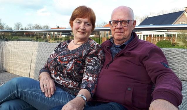 Yvonne en Bé Huisjes plozen samen menig archief door.