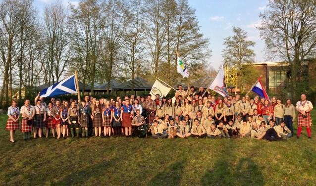 In totaal waren er 34 Schotse en 44 Nederlandse jeugdleden die onder begeleiding van 8 Schotse leiders en meer dan 30 Nederlandse leiding / andere vrijwilligers het weekend doorbrachten. FOTO SUSAN HUISKAMP