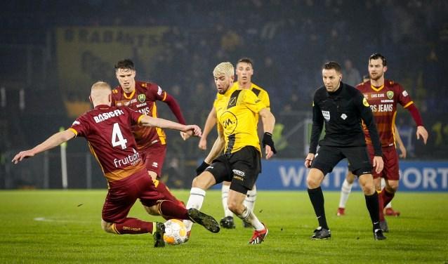 Pol van Boekel floot eerder dit jaar onder de wedstrijd tussen NAC en ADO Den Haag.