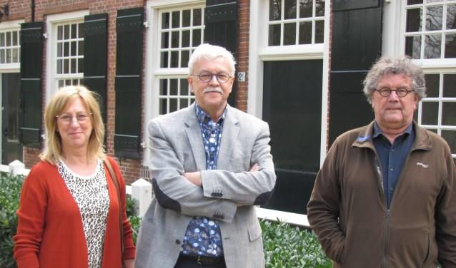 V.l.n.r. Helma Braat, Jack Roelands en Ad de Klerk van Stichting Cultuur Landgoederen Zundert zijn klaar voor het festival rond Henriette Roland Holst.