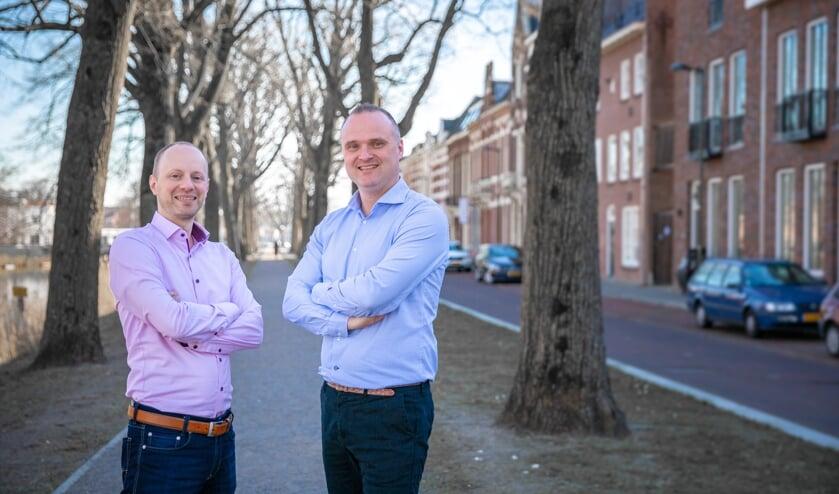 Financieel adviseur Wouter Hofsté en makelaar Sander Hogervorst werken samen om klanten beter te kunnen helpen.