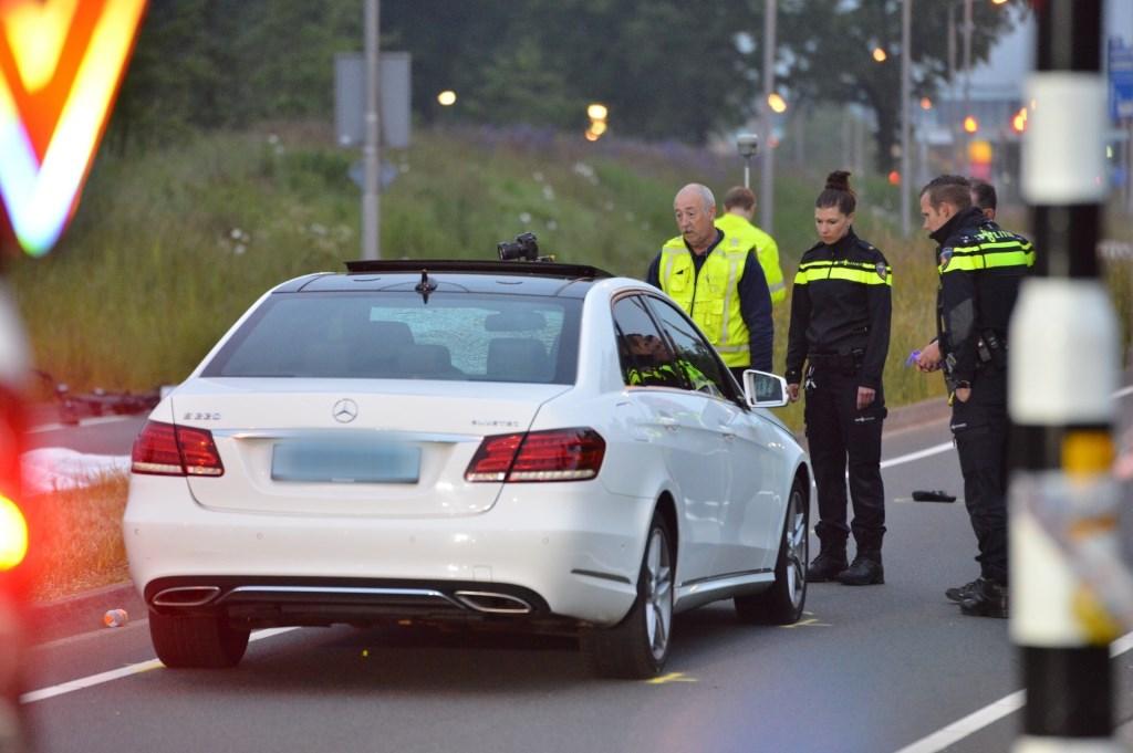 Een fietser is omgekomen na een aanrijding met een taxi. Foto: Perry Roovers / SQ Vision © BredaVandaag