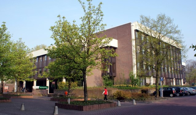 gemeentehuis-roosendaal-medium