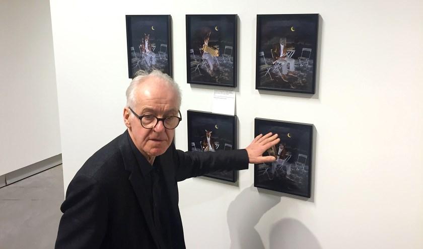 Teun Hocks geeft een toelichting bij zijn eerste oeuvre-tentoonstelling in het Stedelijk Museum Breda