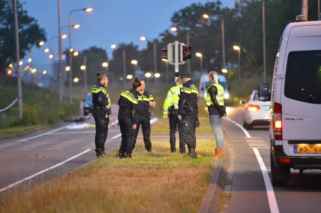 Een fietser is omgekomen na een aanrijding met een taxi. Foto: Perry Roovers / SQ Vision © Internetbode