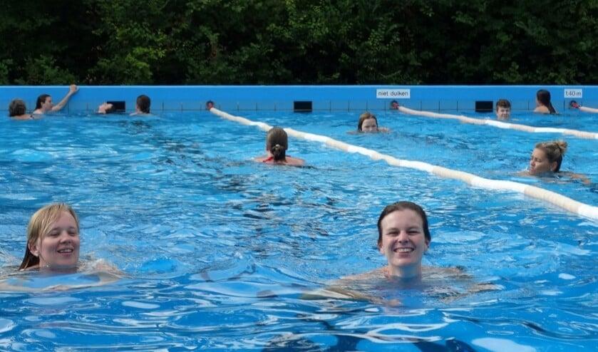 01-zwemvierdaagse-28-1-1024x769-medium