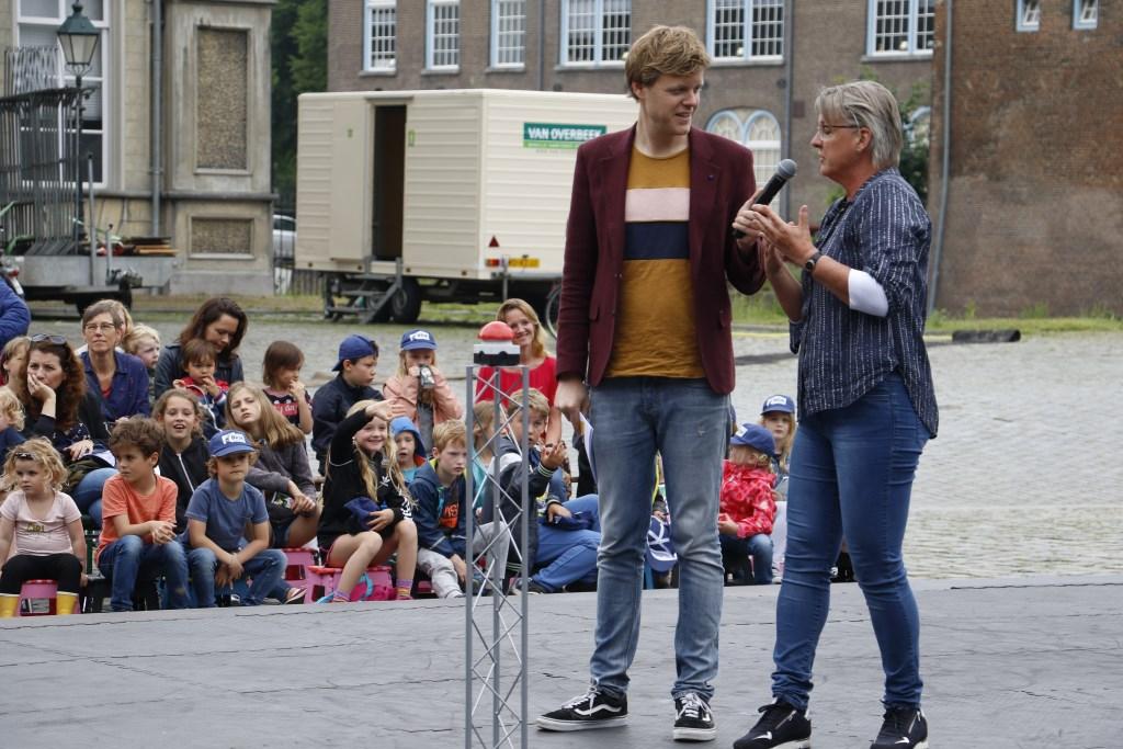 Opening van het Brabants Internationaal Kinderfestival op woensdag 5 juni 2019. Lex Uiting en Marianne de Bie. Foto: Wijnand Nijs © BredaVandaag