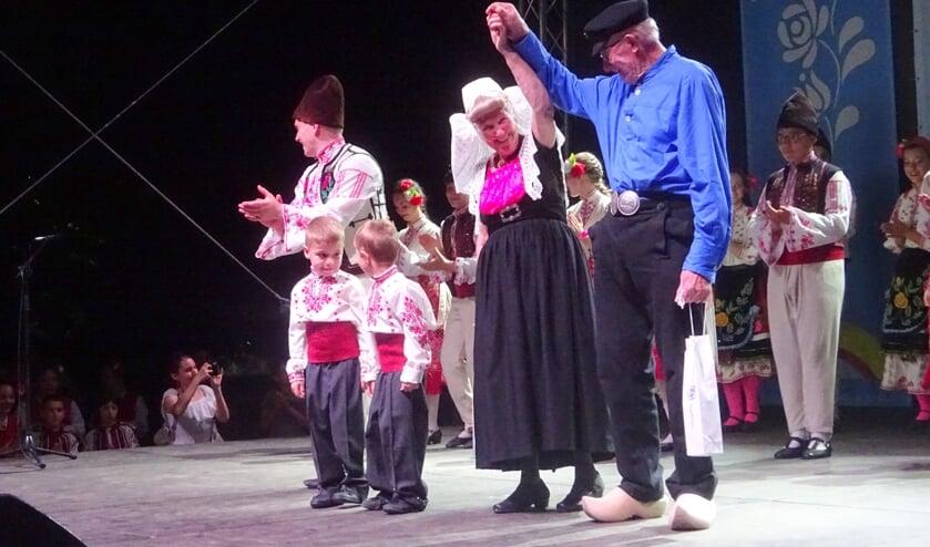 Susan Heeren en Kees van Belzen dansen met piepjong talent.