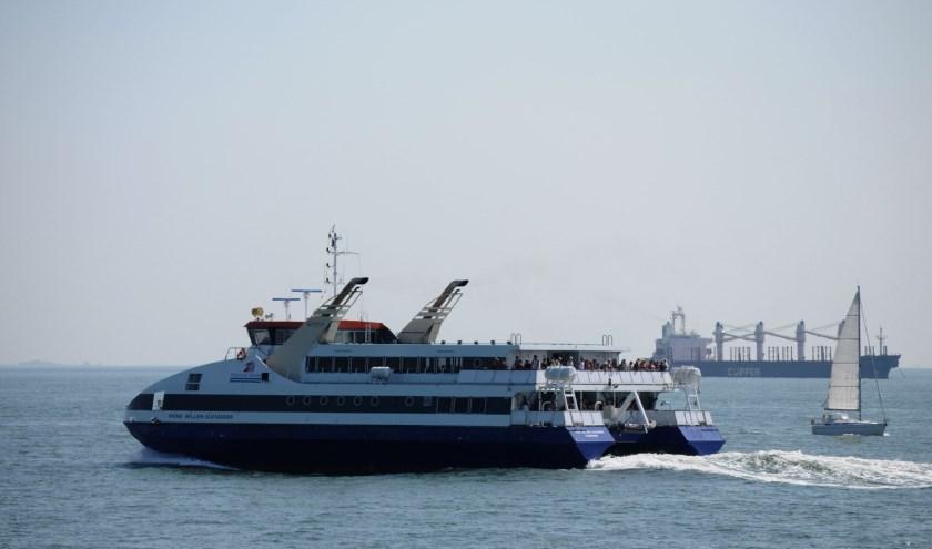 veer-ferry-fietsvoetveer-willem-woznitza