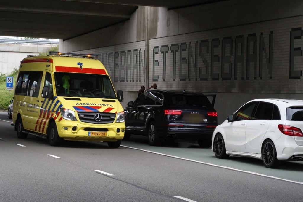 De verdachte is per auto gevlucht.  Foto: Perry Roovers © BredaVandaag