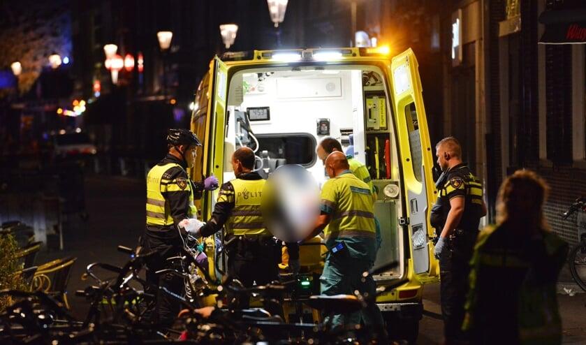 Het slachtoffer is met ernstige verwondingen overgebracht naar het ziekenhuis.