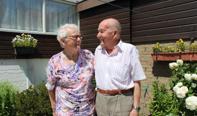 Het echtpaar De Koning uit Nieuw-Vossemeer is nog altijd gelukkig met elkaar.