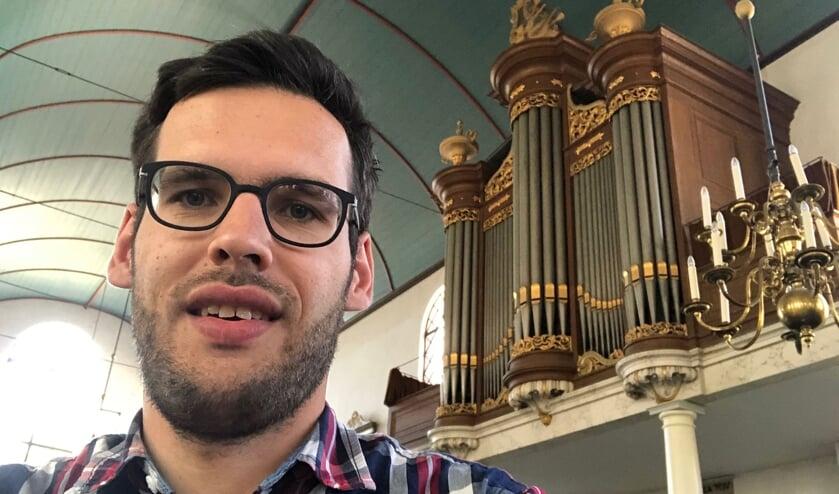 Organist Jan van der Male.