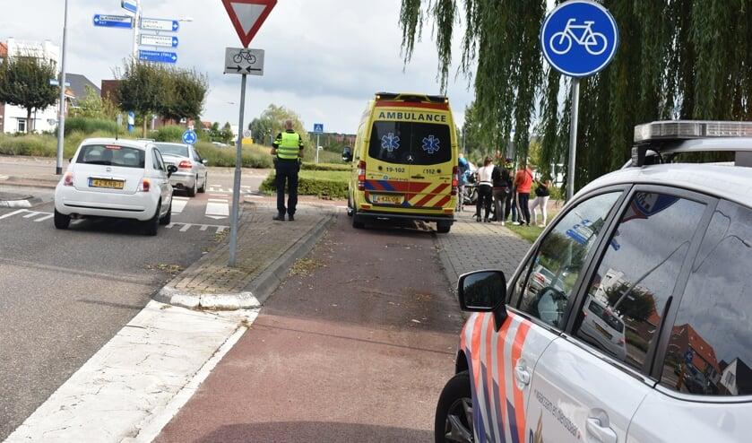 Het slachtoffer werd in de ambulance onderzocht.
