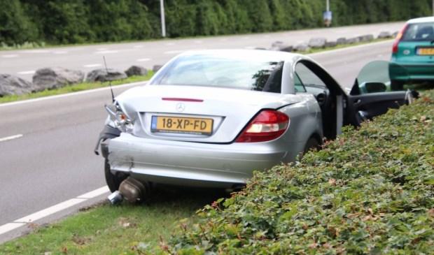 Twee auto's botsen tegen elkaar op Schroeweg - Internetbode