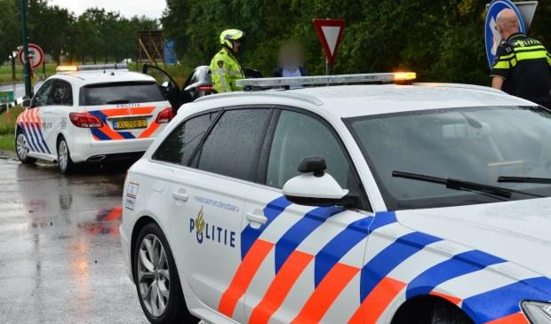 Beide auto's liepen veel schade op.  Foto: Perry Roovers © BredaVandaag