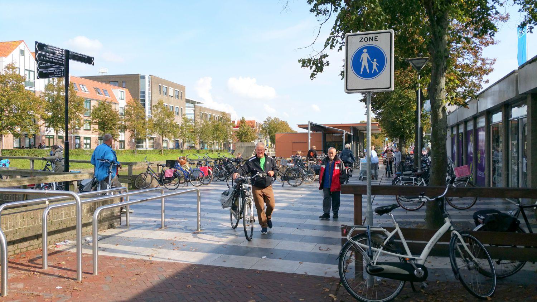 Middelburg internetbode gladde tegels for Tegels vlissingen