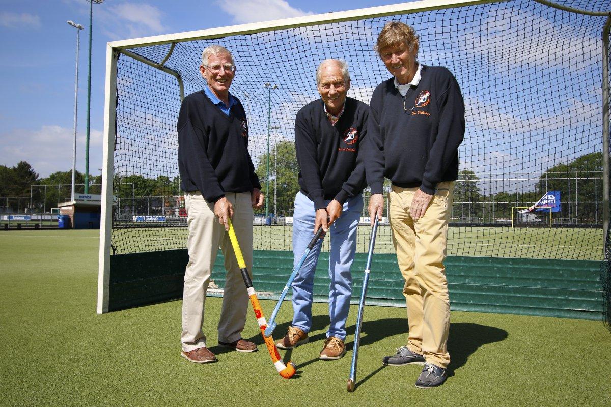 Juul Verheem, Jan van Campenhout en Tim Doelman, samen met Paul Verloop op weg naar het WK in Barcelona.