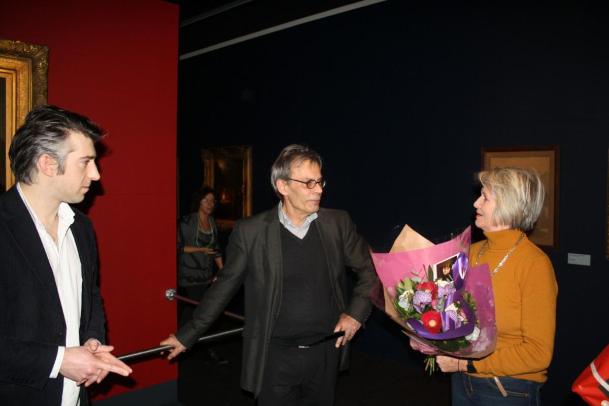 Selcuk Akinci en Jeroen Grosfeld bij de tentoonstelling van Van Schendel. foto Pepijn Nagtzaam
